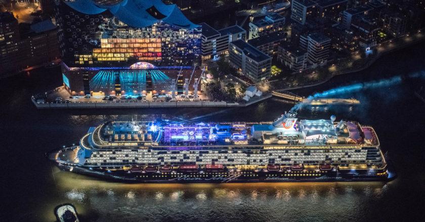 Mein Schiff 6 Hamburger Hafen