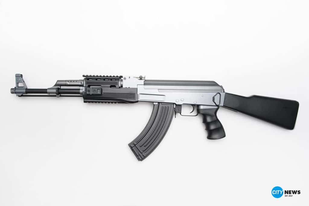 Polizei-Symbolfoto-Softair-Gewehr