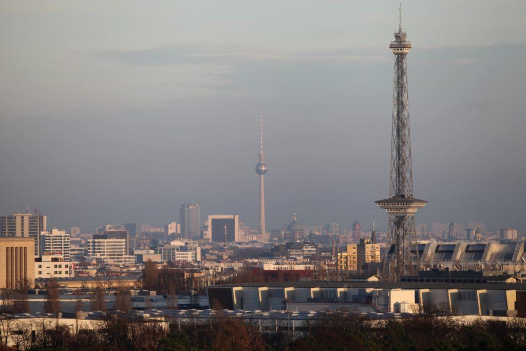 , Nur wenige Online-Zulassungen von Autos in Berlin, City-News.de