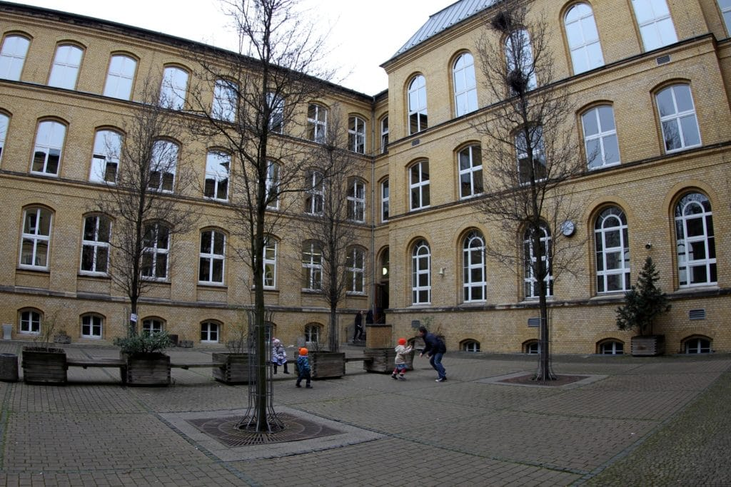 , Umfrage: Mehrheit ging gerne zur Schule, City-News.de