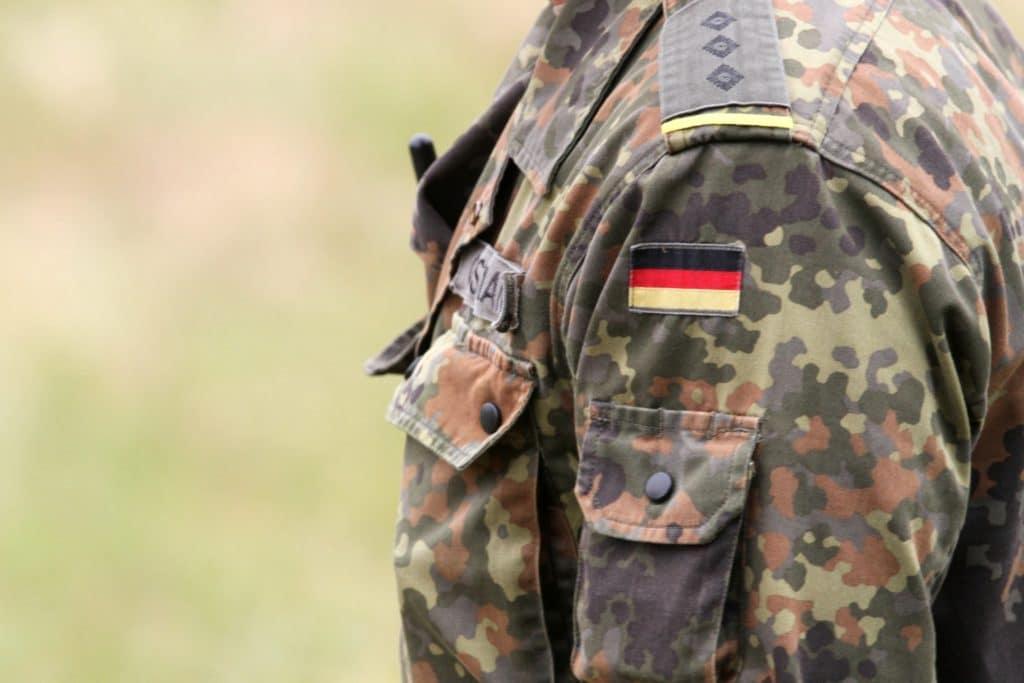 , Verteidigungsministerin will Verlängerung des Irak-Einsatzes, City-News.de