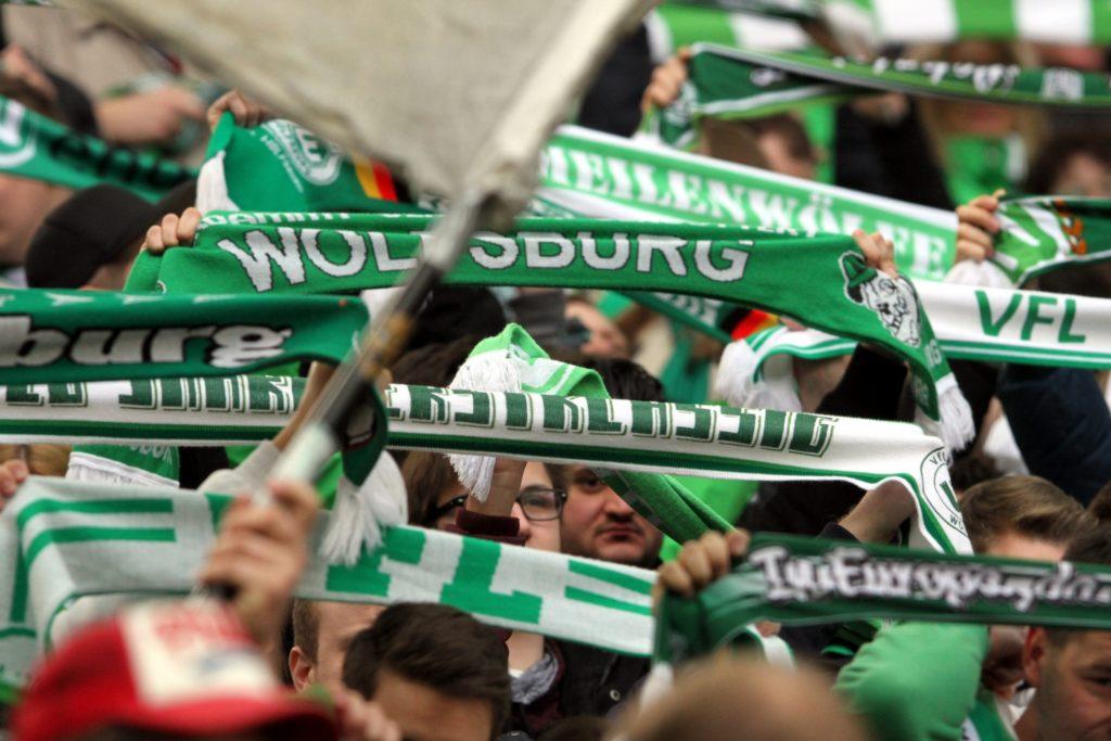 , VfL Wolfsburg verpflichtet Innenverteidiger Lacroix, City-News.de