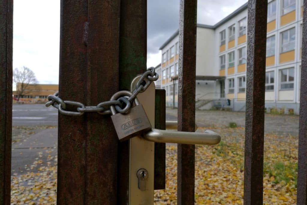 , Viele Lehrer aus Corona-Risikogruppen müssen unterrichten, City-News.de