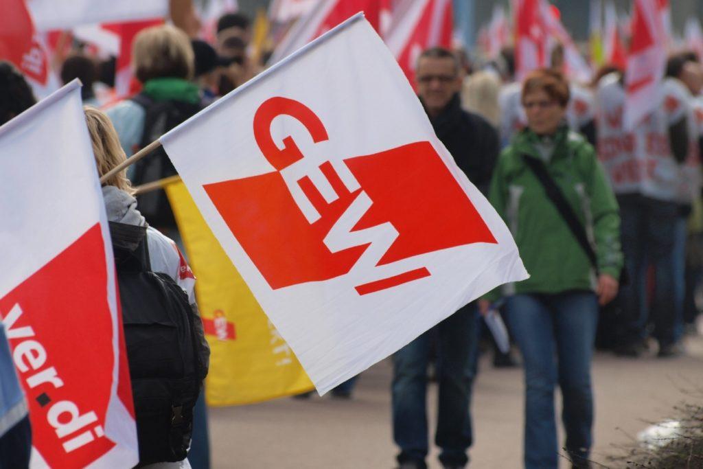 , GEW prangert nach Pisa-Ergebnissen fehlende Chancengleichheit an, City-News.de, City-News.de