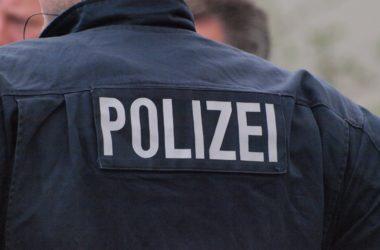 , Mutter misshandelt Säugling in der Öffentlichkeit, City-News.de