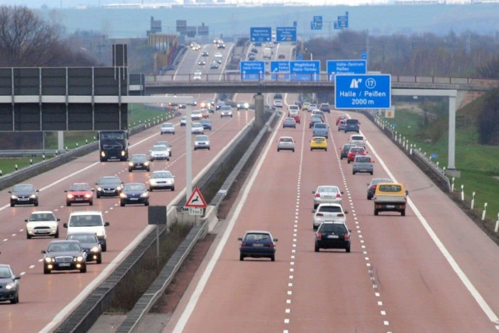 , Raser für 46 Prozent der Autobahn-Verkehrstoten mitverantwortlich, City-News.de, City-News.de