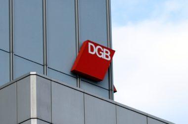 , Philologenverband will 20.000 Lehrer mehr an Gymnasien, City-News.de, City-News.de