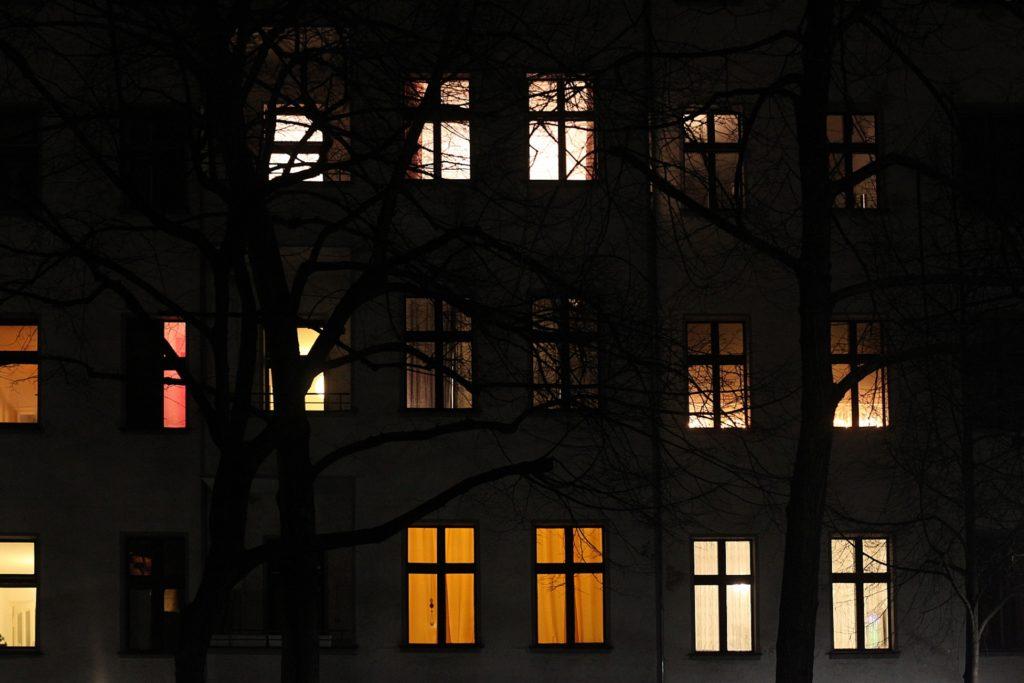 , Studie: Hunderttausenden Verbrauchern wurde Strom abgestellt, City-News.de, City-News.de