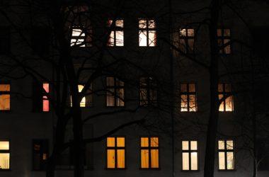 , DAX startet im Minus – Henkel-Aktie legt nach Bilanzzahlen zu, City-News.de, City-News.de