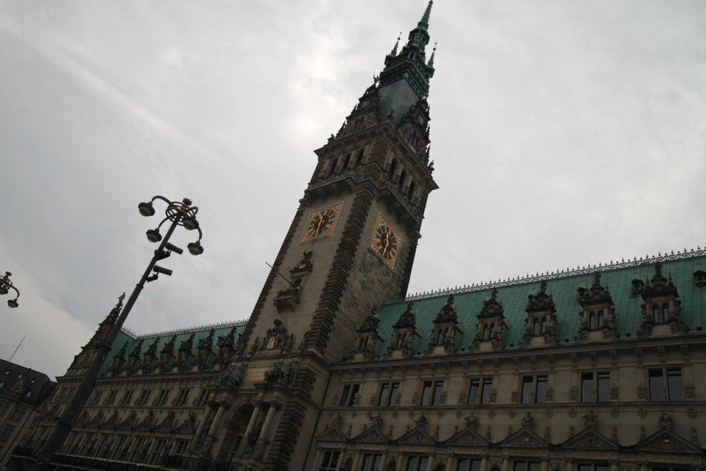 , Hamburgs Erster Bürgermeister unterstützt Synagogen-Neubau, City-News.de