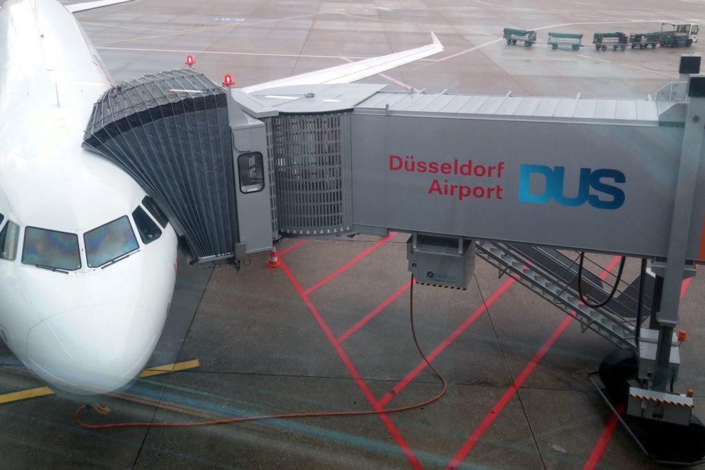 ankunft flughafen düsseldorf heute