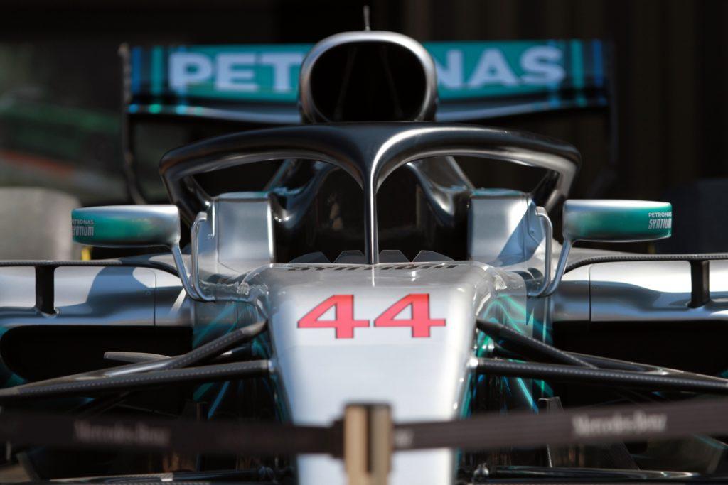 , Formel 1: Hamilton holt Pole in Sachir, City-News.de