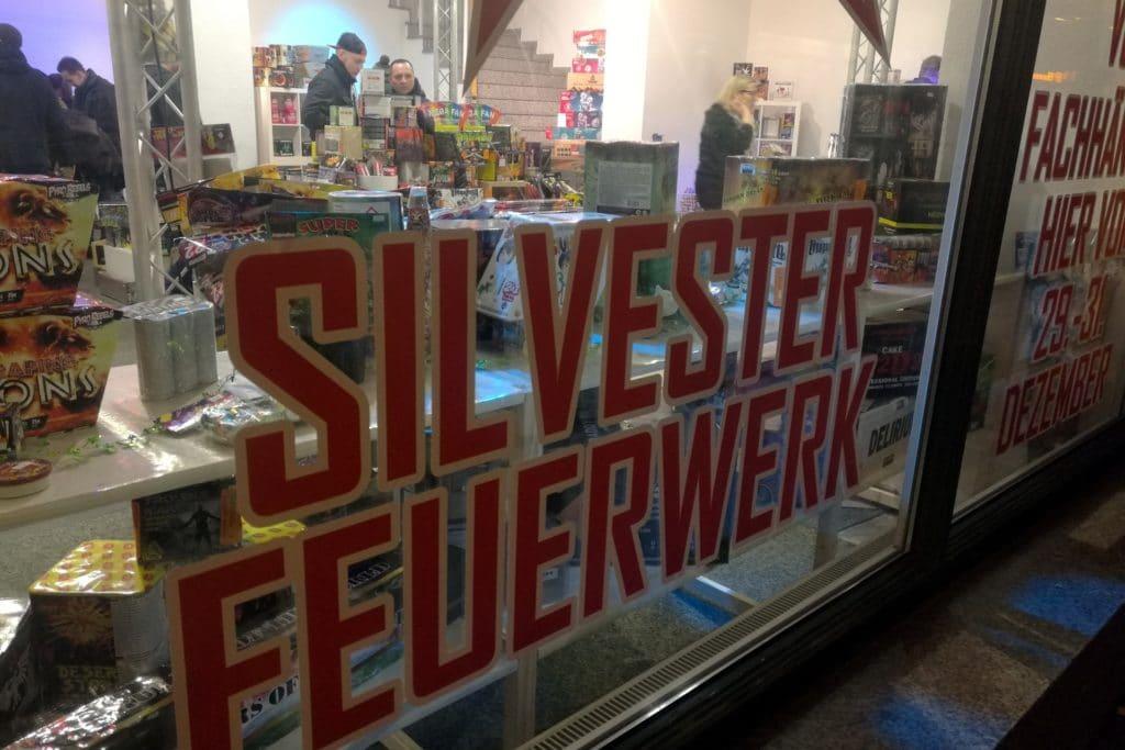innensenator, Bremer Innensenator: Ausuferndes Feuerwerk nicht mehr zeitgemäß, City-News.de