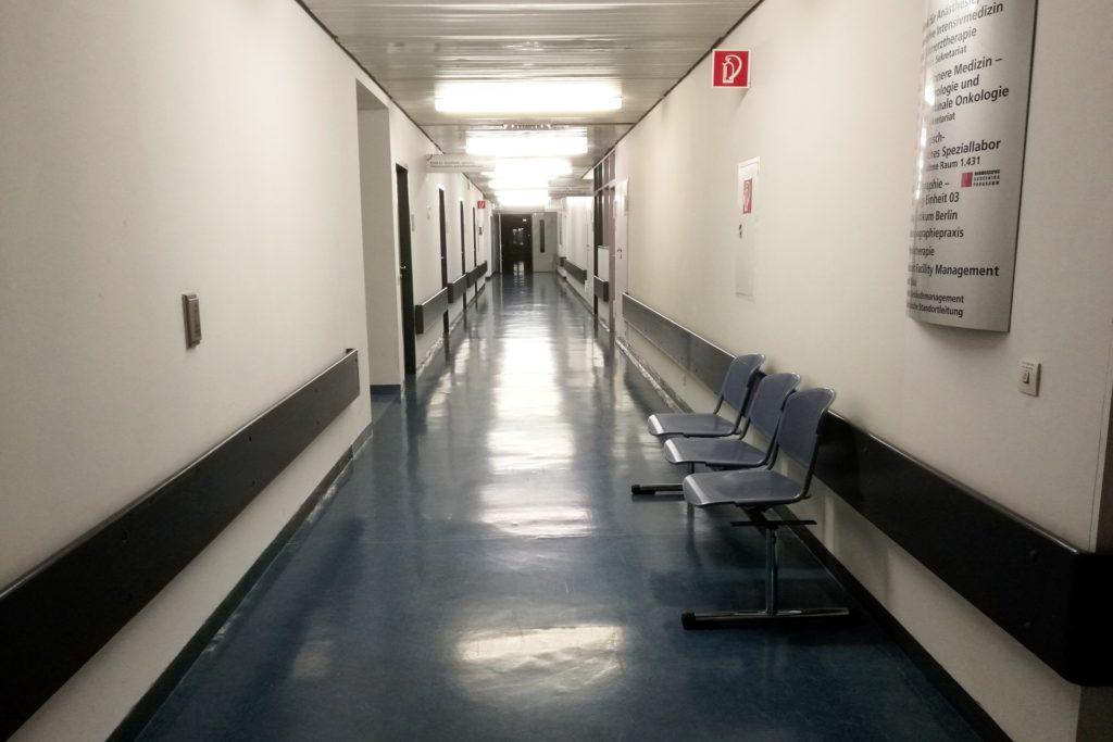 , Lauterbach stellt Zahl der Krankenhäuser infrage, City-News.de