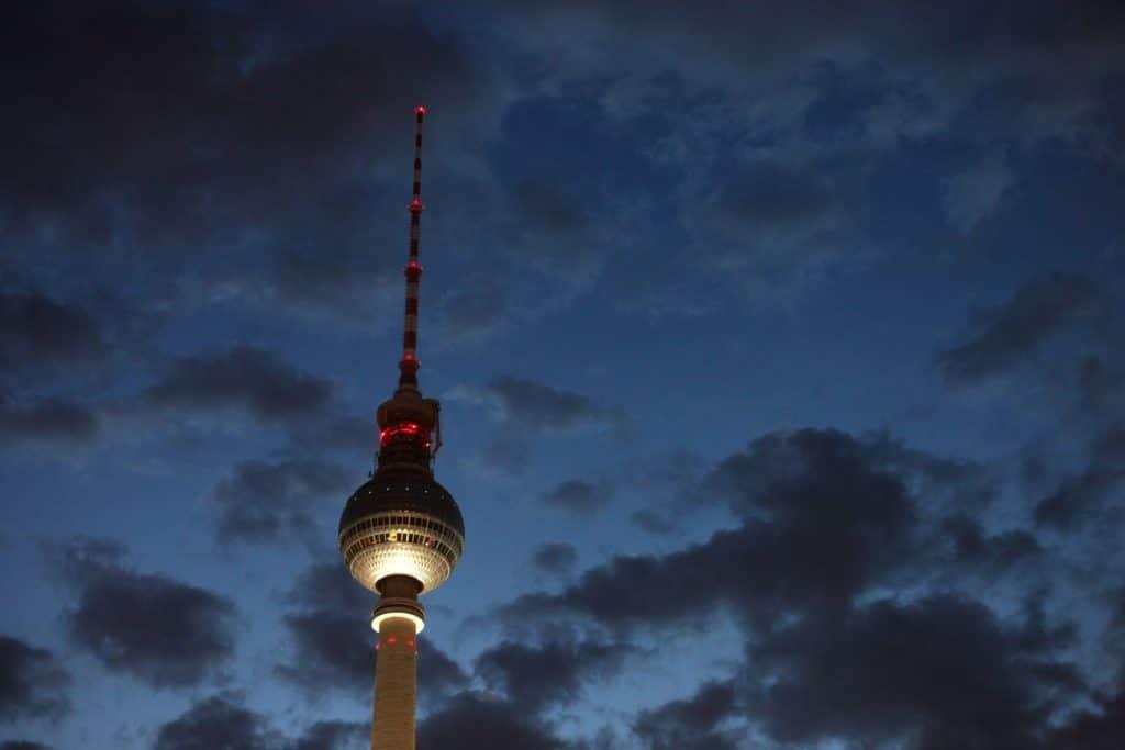 , Berlin ändert Strategie bei Nachverfolgung von Corona-Infektionen, City-News.de
