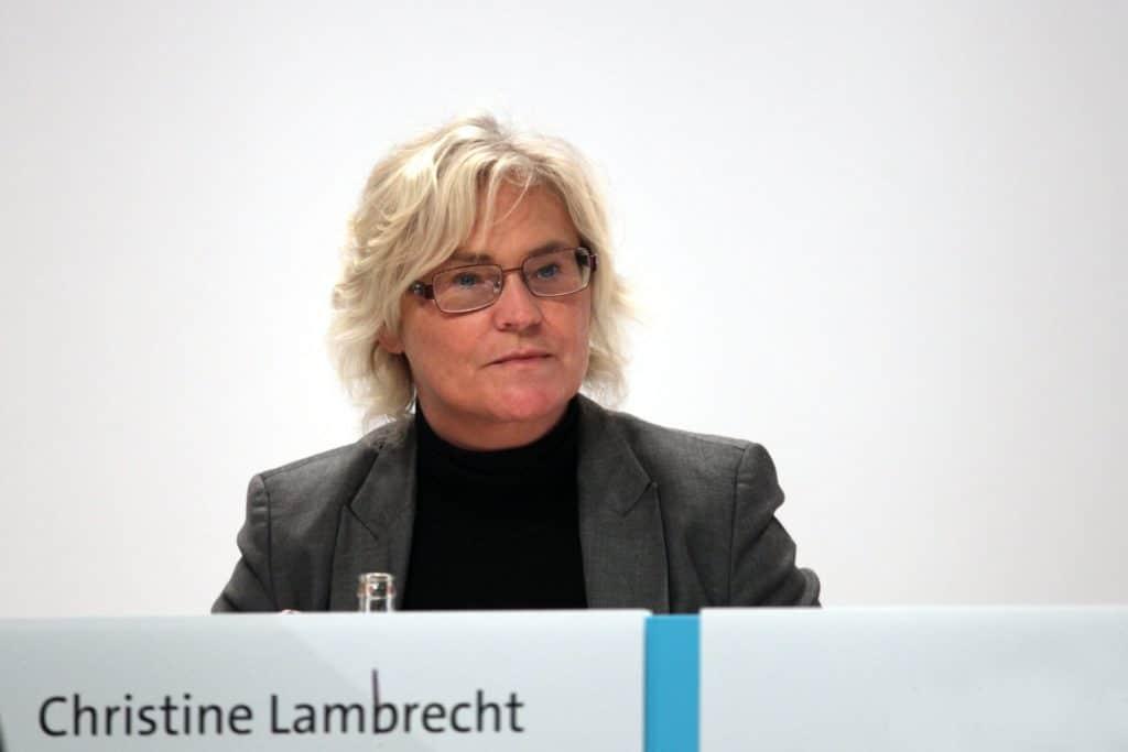 """, Lambrecht verlangt entschlosseneres Vorgehen gegen """"Antidemokraten"""", City-News.de"""
