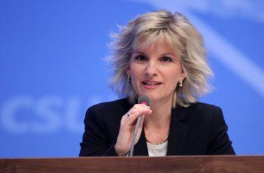 , Mediziner: Geschlechtsangleichende OPs bei Kindern nicht verbieten, City-News.de