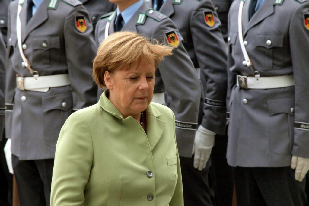 , Merkel dankt Soldaten für Dienst an Gesellschaft, City-News.de, City-News.de