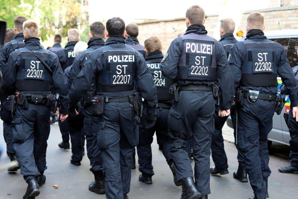 , 400 Rechtsextremismus-Verdachtsfälle bei der Polizei, City-News.de