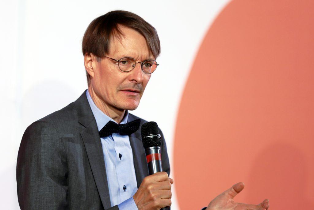 , Lauterbach für Obergrenze bei privaten Feiern von 25 Personen, City-News.de