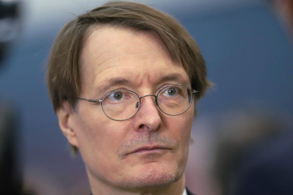 , Lauterbach: Mit Silvester-Feuerwerk droht nächste Infektionswelle, City-News.de