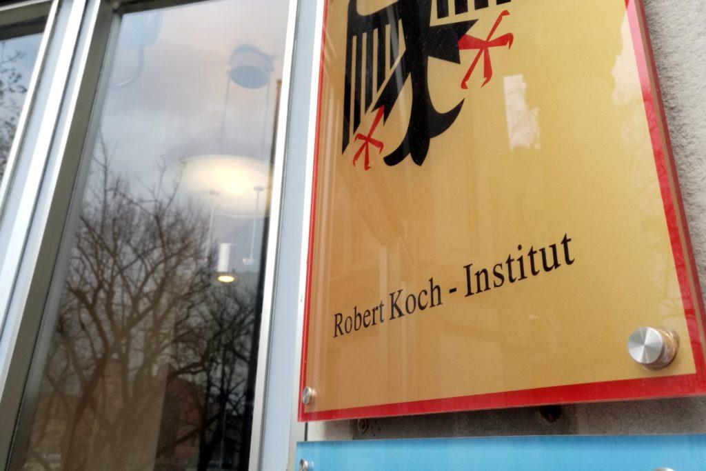 , Brandsätze gegen RKI-Gebäude geworfen, City-News.de