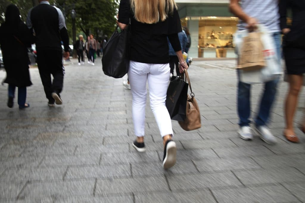 , Deutsche meiden Innenstädte trotz Corona-Lockerungen, City-News.de