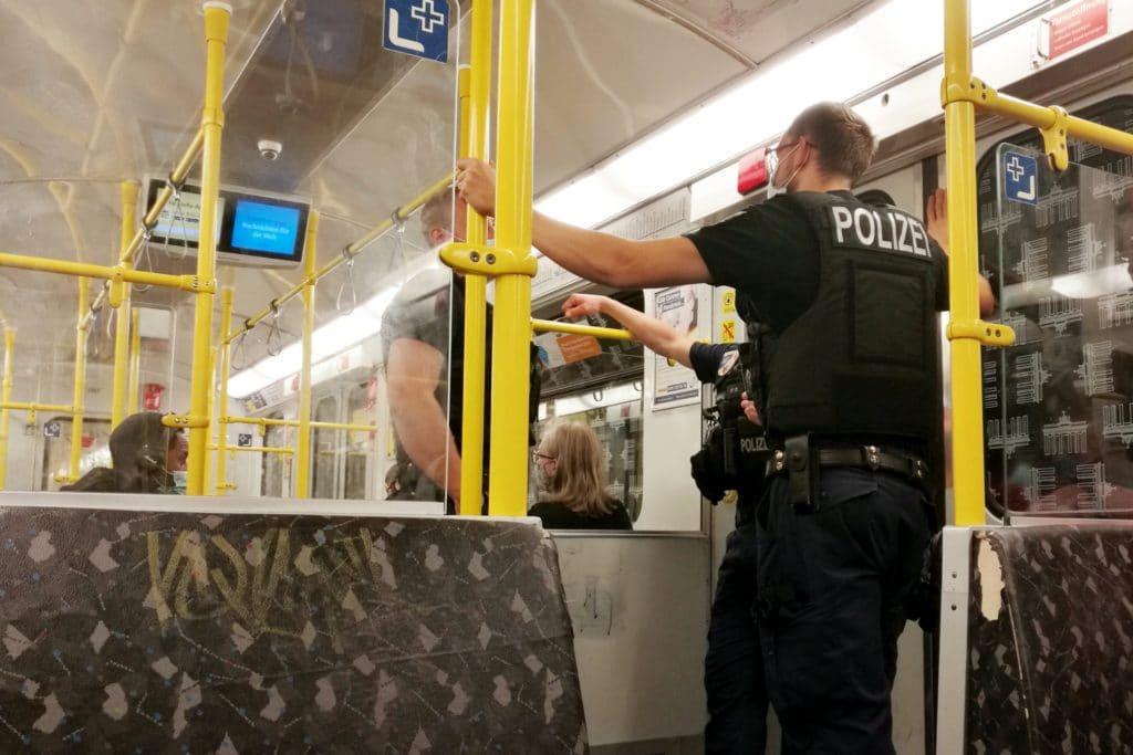 , Verkehrsbetriebe müssen kein Bußgeld gegen Maskenmuffel verhängen, City-News.de