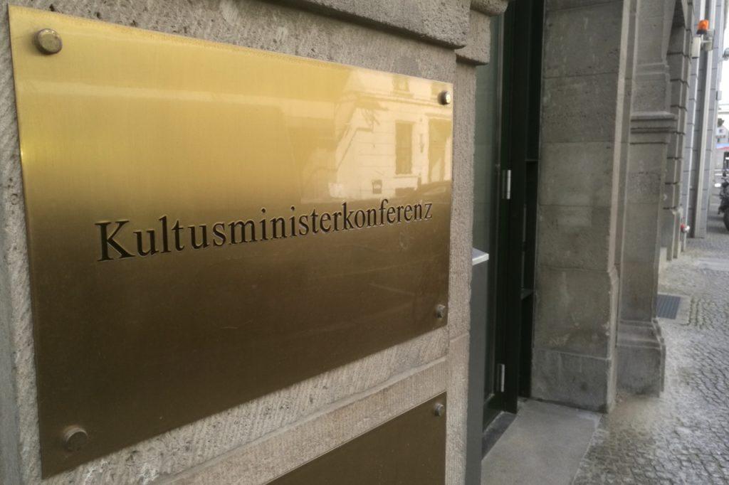 """, KMK-Präsidentin gegen """"Notabitur"""", City-News.de"""