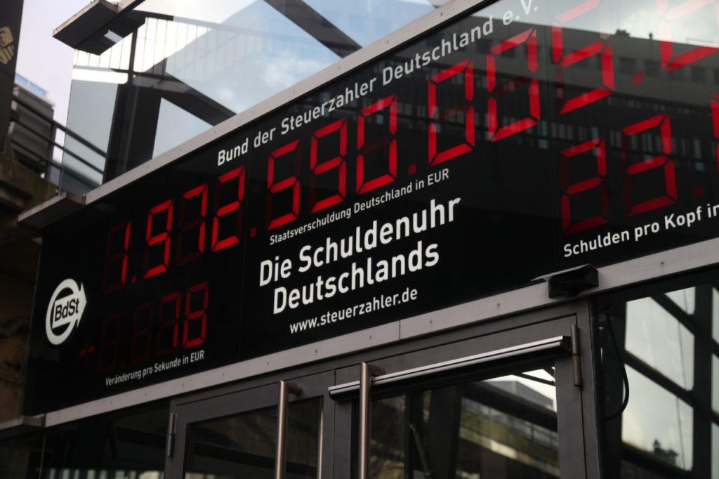 , Hennig-Wellsow stimmt Grünen bei Abkehr von der Schuldenbremse zu, City-News.de