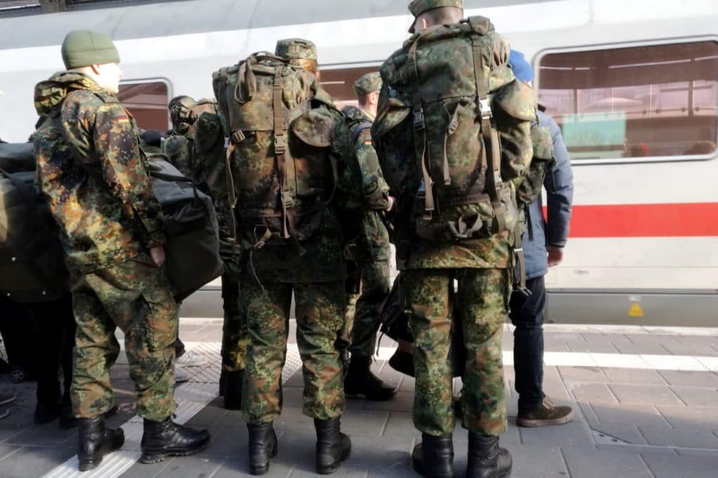 , Bundeswehr stellt weniger Minderjährige ein, City-News.de