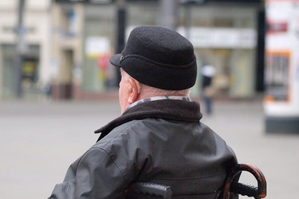, Anteil der Pflegehelfer in Altenpflege 2020 gestiegen, City-News.de