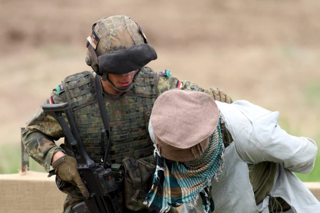 , AKK macht Überraschungsbesuch bei Bundeswehr in Afghanistan, City-News.de