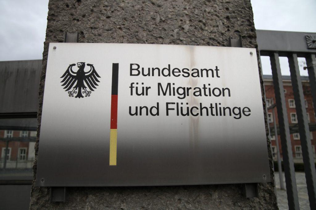 , Gerichte kassieren fast ein Drittel der überprüften Asylbescheide, City-News.de