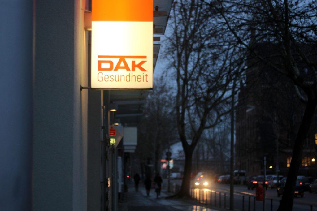 , DAK verzeichnet 2021 rund 42.000 Anträge auf Kinderkrankengeld, City-News.de