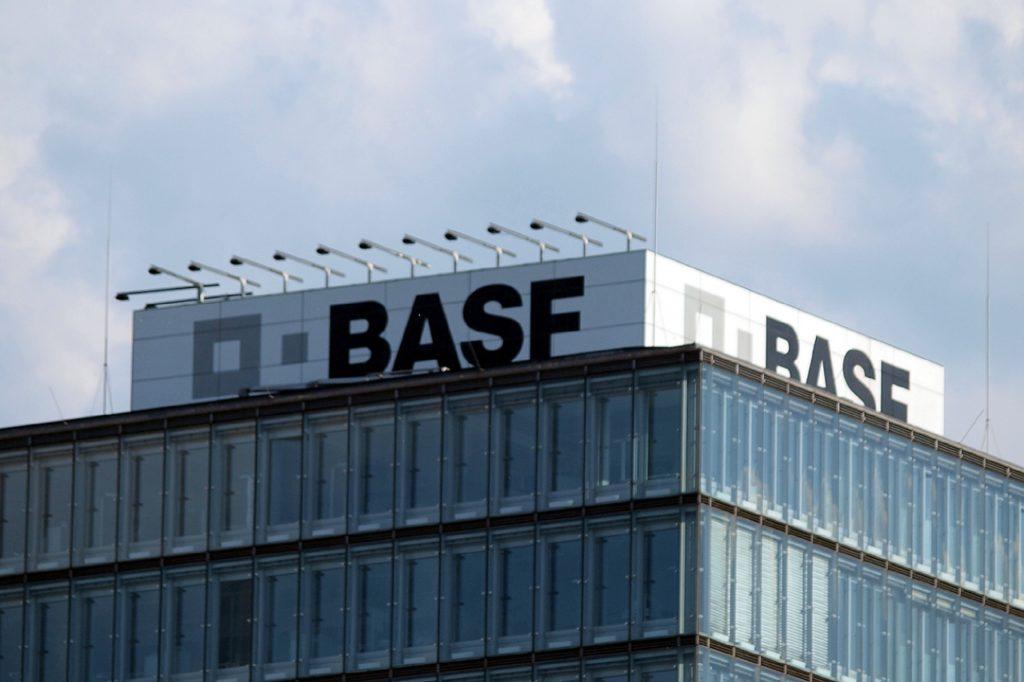 , BASF hat schon 5.500 Mitarbeiter geimpft, City-News.de