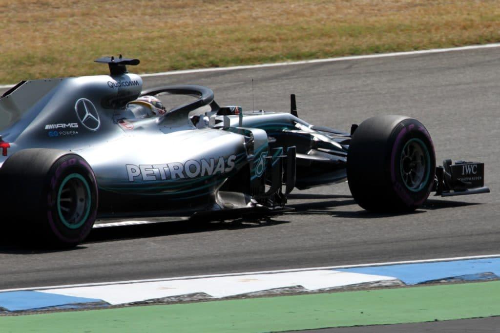 , Hamilton gewinnt F1-Rennen in Silverstone – Frühes Verstappen-Aus, City-News.de
