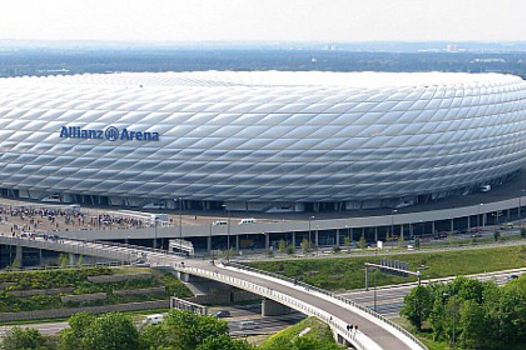 , Lauterbach kritisiert Pläne für EM in zwölf Ländern, City-News.de