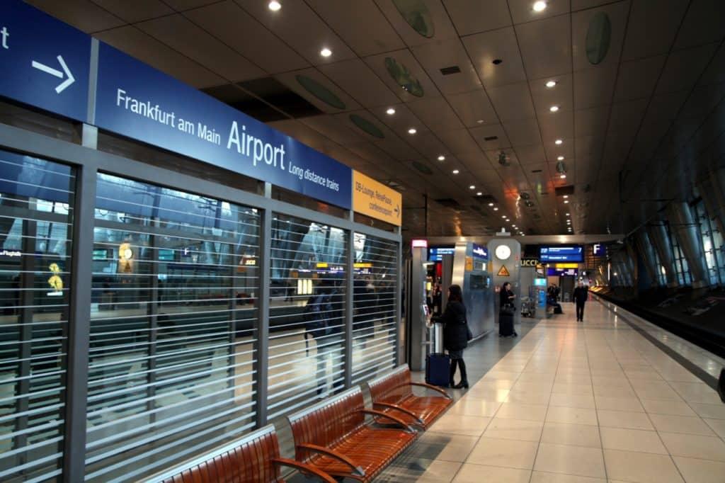 , Fast jeder zweite Inlandsflug durch Bahnfahrt ersetzbar, City-News.de