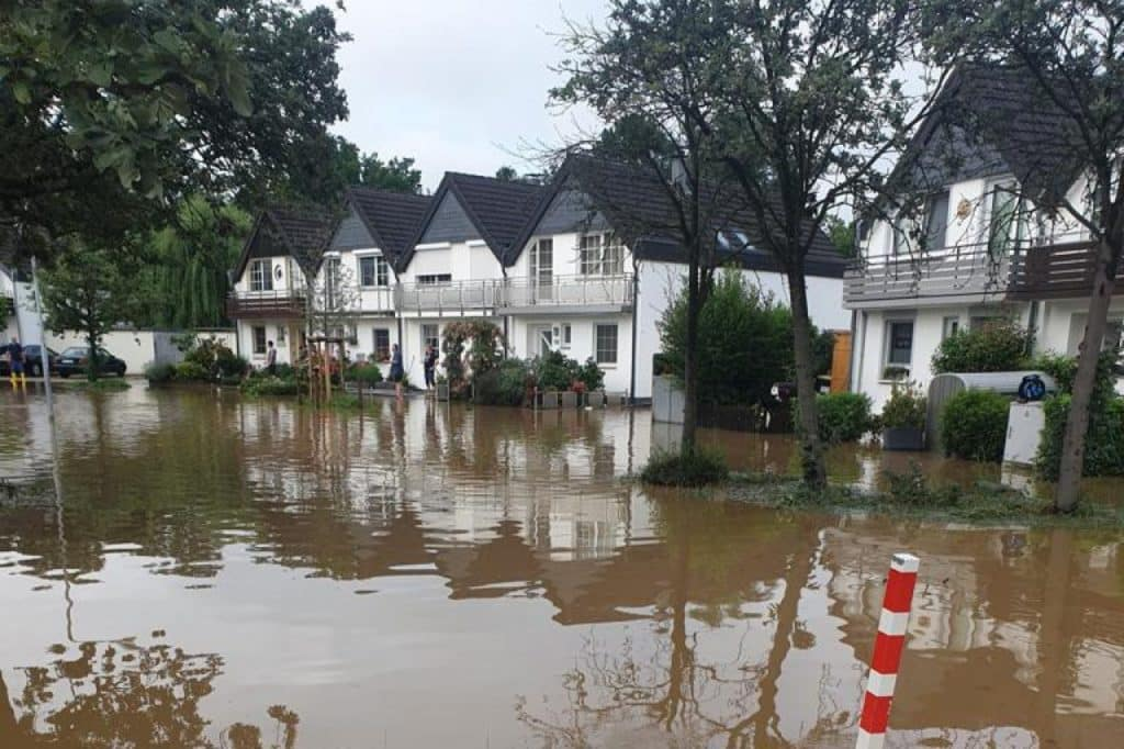, NRW-Polizei erreicht mehr als 700 Vermisste nach Unwettern, City-News.de